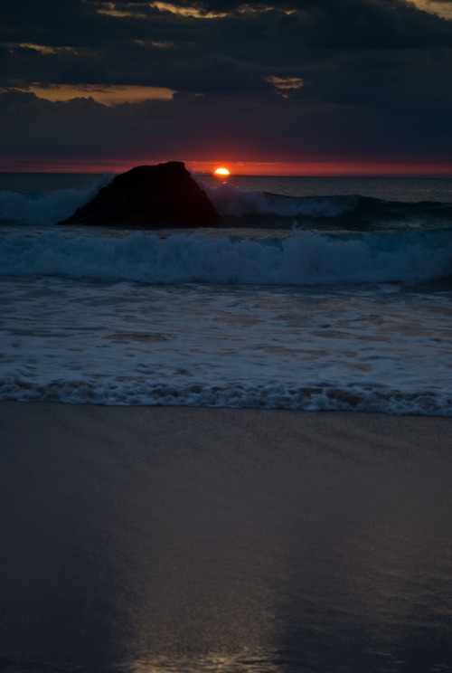 llbwwb:   Durness Sunrise (by butch111281)