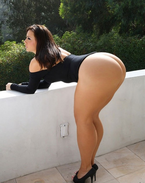Big Curvy Butt 92