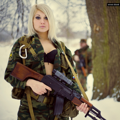 Where do I inlist? #sexy #armygirls