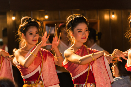 livingthethailife:  Traditional Thai Dance at The Old Chiang Mai Cultural Center.