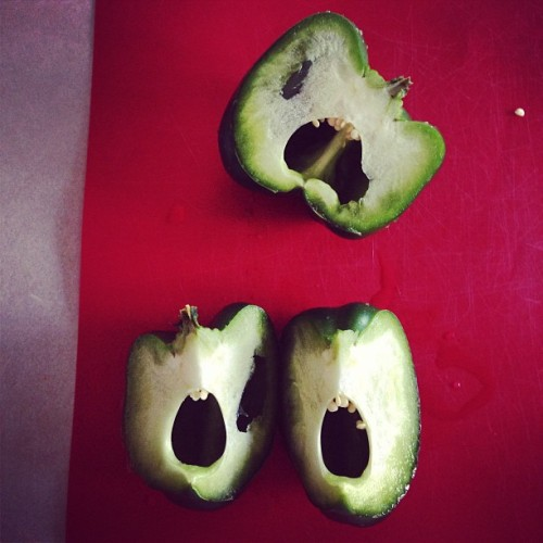 Haha! Yes, I would see peppers with mouths and teeth. And laugh out loud at how funny it was! #perfect #peppers #ihaveathingforfaces #hilarious