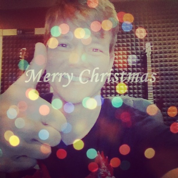 Merry Christmas @tylerwardmusic & #wardinators I hope everyone has an amazing time over the holiday! :) #tylerward #tylerwardmusic
