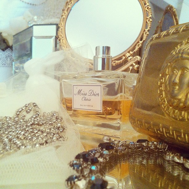 A few of my favorite things #dior #versace #begitta #heirloom #sparkle #loves