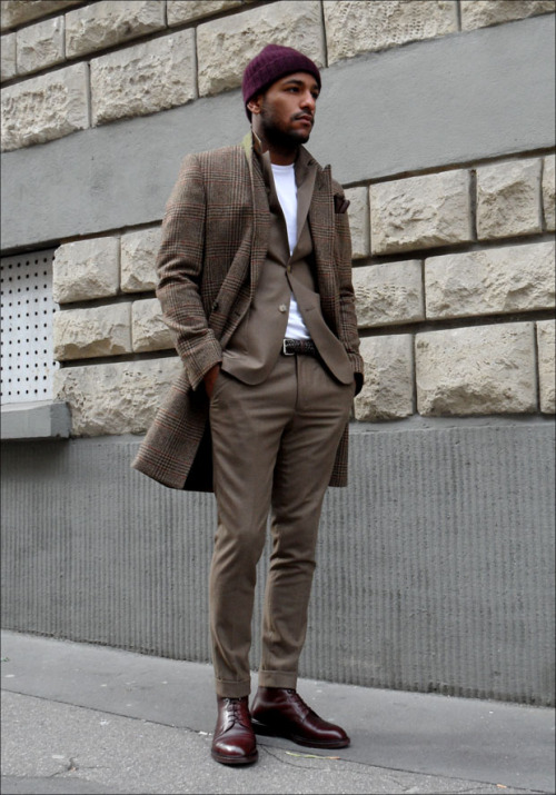 downeastandout:  Would prefer this with a button up, but the coat and boots are pretty killer.  Street style of the week…