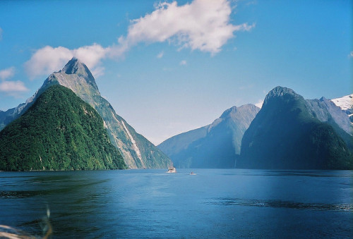 arquerio:  Milford Sound by Tim Jordan photography on Flickr.