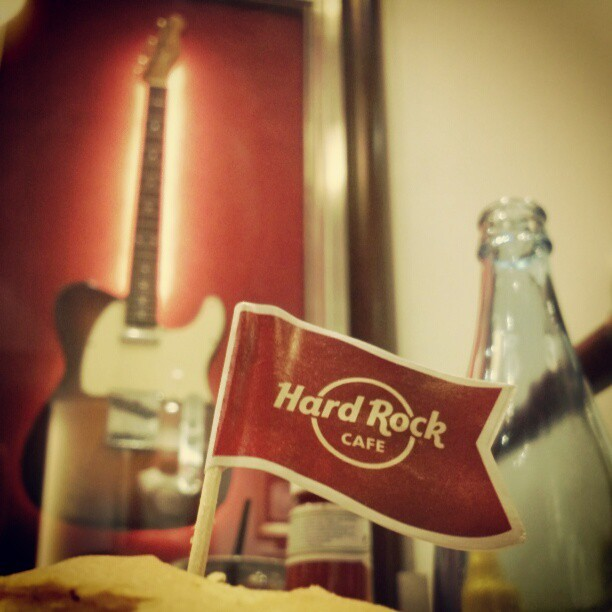 Hard Rock (en Hard Rock Cafe Barcelona)