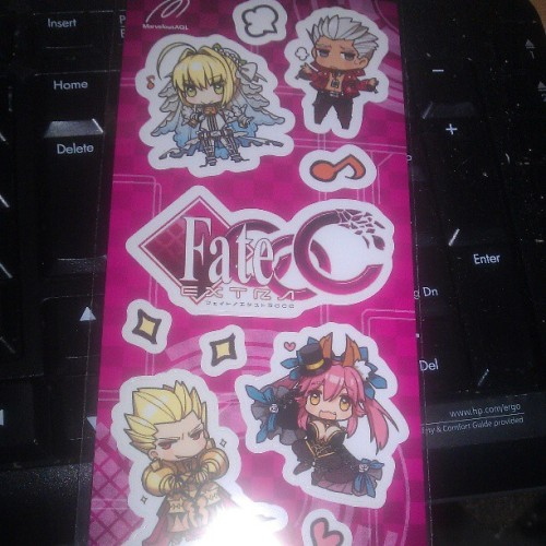 Ohh got stickers in the PSP case