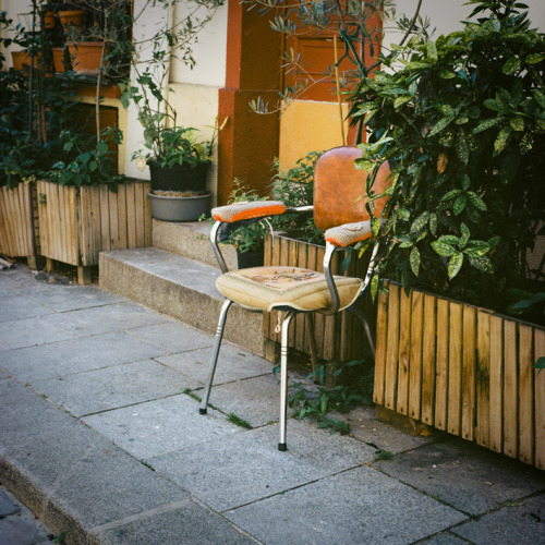 """Old Chair"" Photo prise à Paris, Yashica 124G"