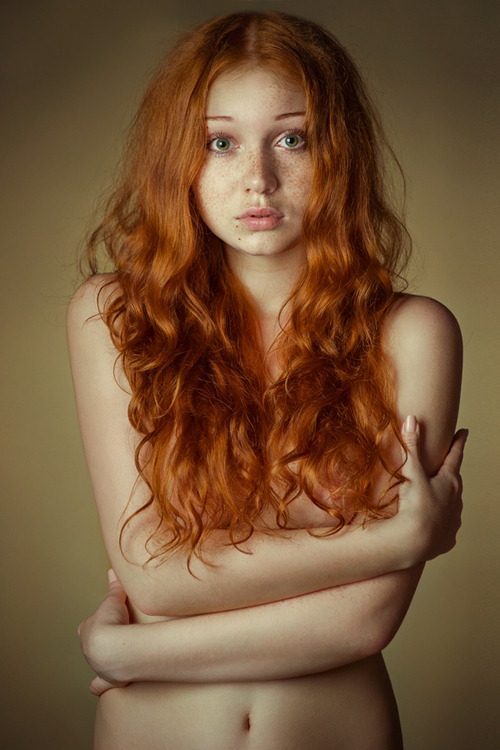 submissivelg:  from a fellow redhead…she is beautiful! =)
