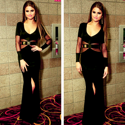 uwillneverbexdalixxd:  selena gomez | Tumblr on We Heart It. http://weheartit.com/entry/62016184/via/xDisneyStars
