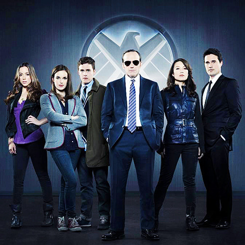 sandynanny:   ABC has officially picked up Agents of S.H.I.E.L.D.