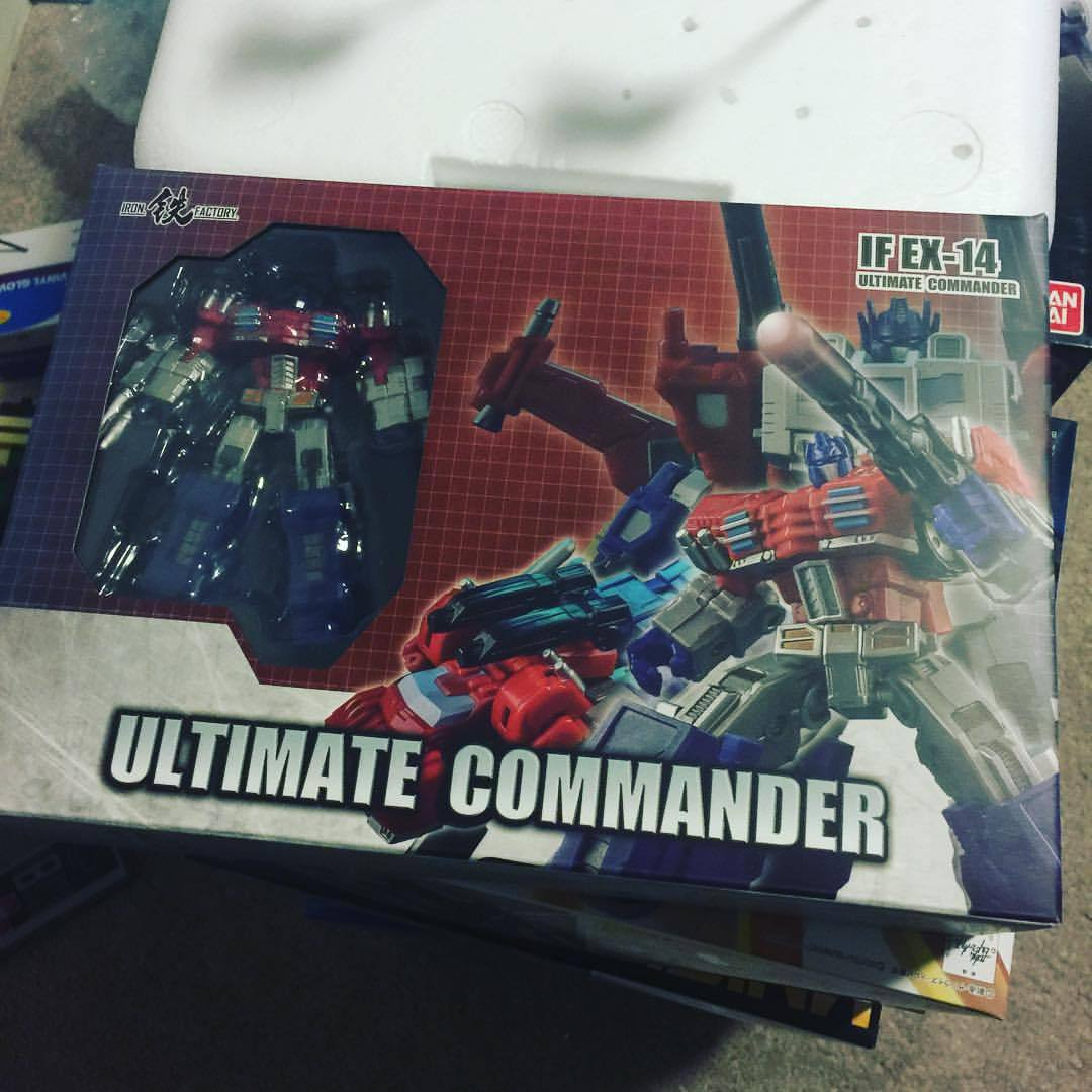 This beautiful guy came in the mail today!! Still unemployed but thank goodness for paying in full at time of preorder!!#transformers #plastic #actionfigures #ironfactory #optimusprime #plasticcrack #thirdparty #amazing #awesome