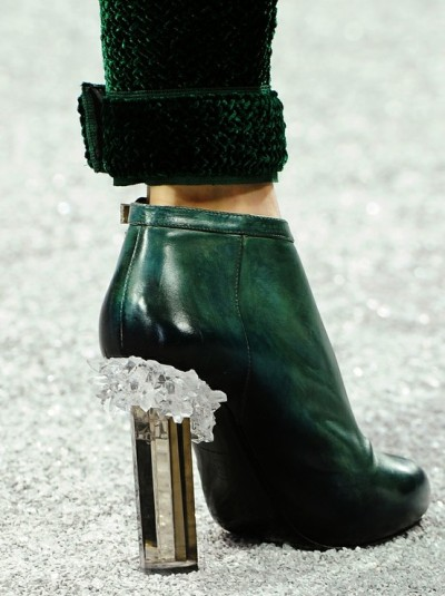 Chanel fall 2012/13 has me thinking about sticking quartz crystal chunks on my heels… hmmmmmmm.