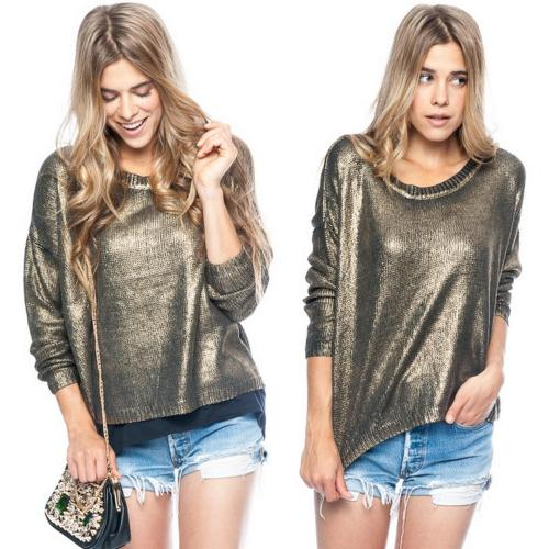 Stay golden in our Metallica sweater🌟 http://bit.ly/tucwes