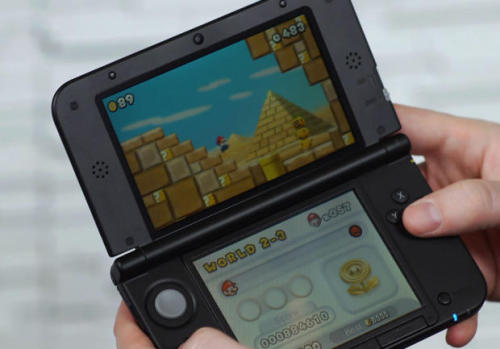 Exclusive: Zelda 3DS 'feels totally different,' needs to be played in 3D for 'intended experience'    In an exclusive interview, Zelda series director and producer Eiji Aonuma talks to CNET's Jeff Bakalar about the sequel to 1992's A Link to the Past on the Nintendo 3DS.   Check it out