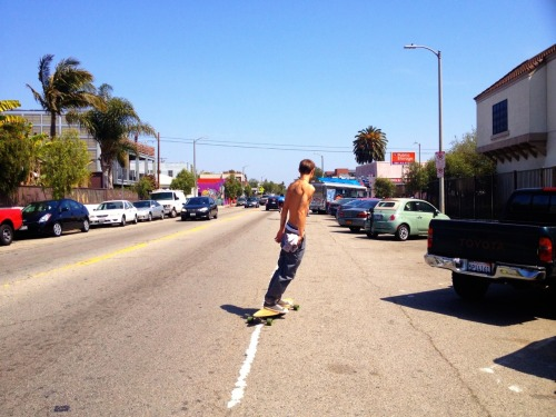 Skating Down Rose Ave, Venice Beach