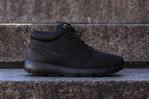 "Nike Roshe Run Trail ""Blackout"" We've seen several releases of ACG inspired colourways in the Roshe Run Trail pack. The silhouette and materials used are perfect for the Autumn/Winter weather. Made up of a Phylon midsole and a Solarsoft sockliner, excellent cushioning, and a water-resistant nylon on the upper. All the detailing is made up of leather and give added durability.  Available now."