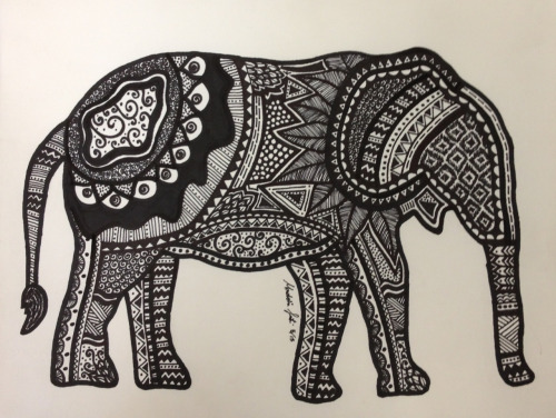 guavha:  live-to-dreamm:  my elephant drawing  hi loves i hope you have an amazing day! :) any new followers can self promote in my inbox to thousands yayy xoxox