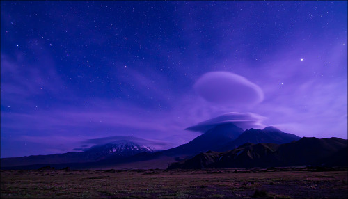 landscapelifescape:  Volcanoes of Kamchatka, Russia  by Владимир Войчук