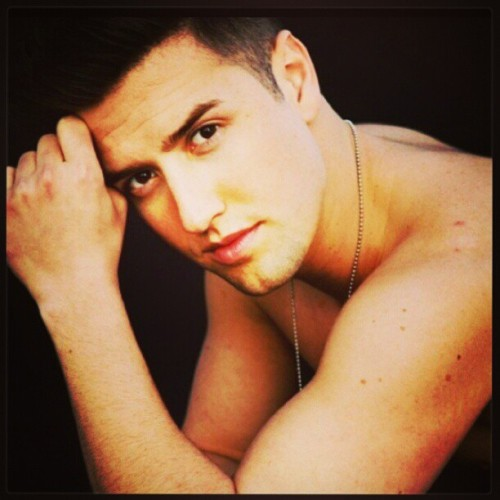 Logan Henderson. #sexy #eyes #look #hair #cute #adorable #perfect #BTR