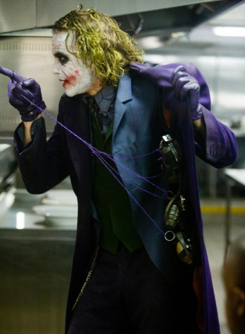 suicideblonde:  The Dark Knight