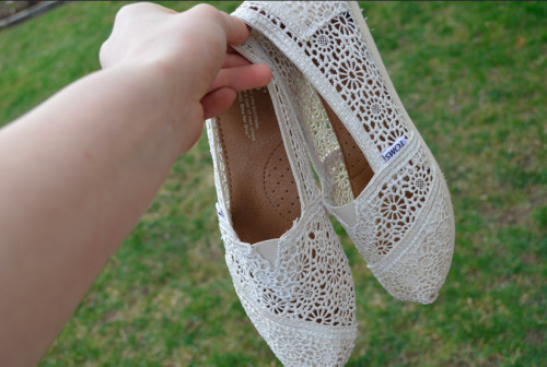 f1rewerk:  summurvibes:  MY TOMS ARE GORGEOUS!  -Summurvibes  want these sooo bad