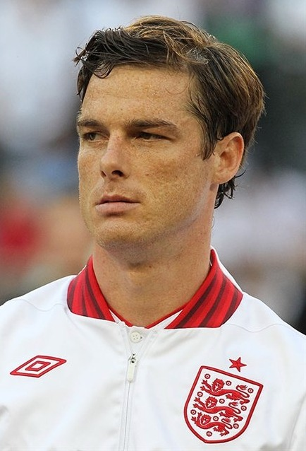 Let's take a moment to appreciate Scott Parker's current Wikipedia photo. In an effort to get me to root for her team, Sophie picked out my favourite player for me. She knows me so well.