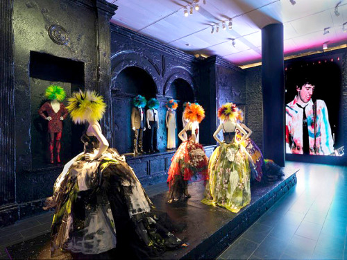 Travel to Punk-Era New York and London at the Met's New Fashion Exhibit | D.I.Y.: Graffiti & Agitprop gallery