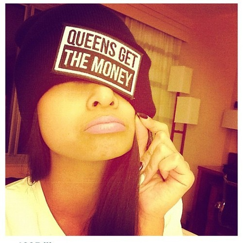 fashionpassionates:  Get the beanie here: MONEY BEANIE Shop FP | Fashion Passionates rainbow-hugz.tumblr.com