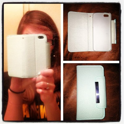 Day 18: Phone Case. New case I got for my birthday:) love it! #mint #etsy #shoptrokm