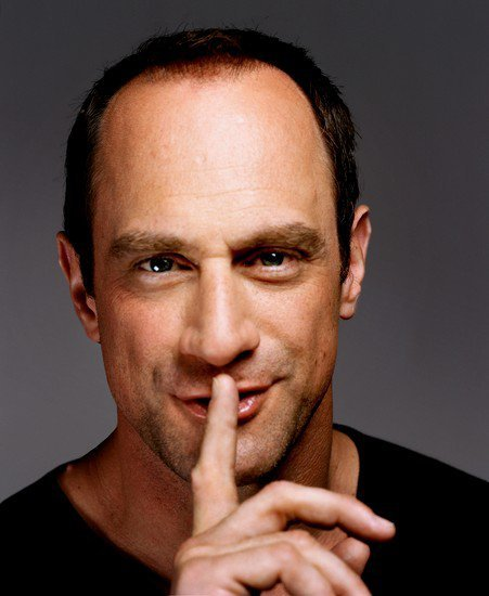 elliotandolivia:  the—hot—list:  Chris Meloni