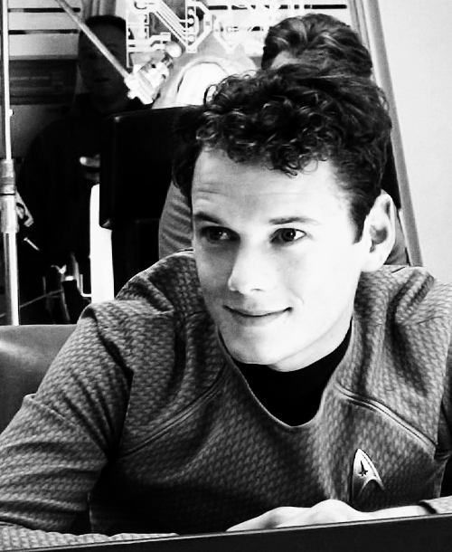 chekov-in-a-dress:  Cause of Death: Anton Fucking Stop It Already Yelchin