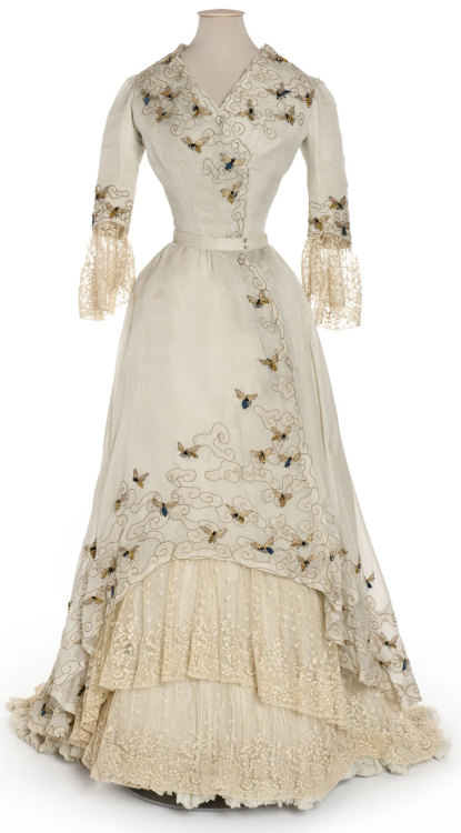 omgthatdress:  Evening Dress Jacques Doucet, 1900-1905 Les Arts Décoratifs