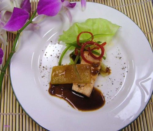 Smoked tofu and Tamarind-Palm Sugar Marinated Yellow Kabocha Simply irresistible …!