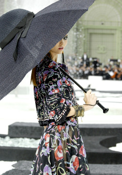 Karlie Kloss at Chanel SS11
