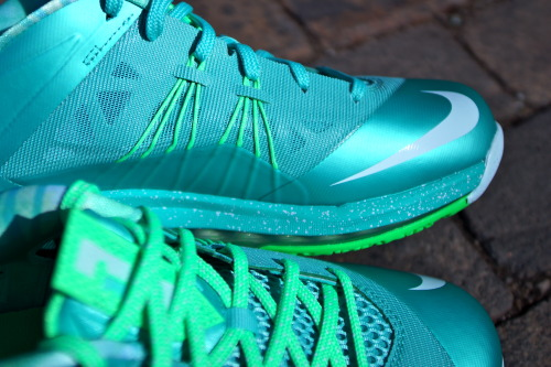 Easter battle. Lebron X Low Vs. KD V (3.29.13 @ Sole Classics)