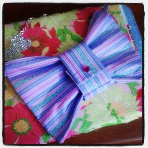 zambiunicorn:  This one came out much better!!!!!! #sewing #fashion #bow #bag #handmade