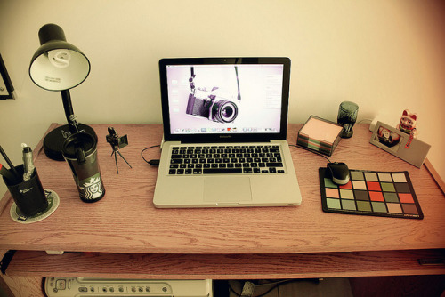 Mi escritorio. on Flickr.