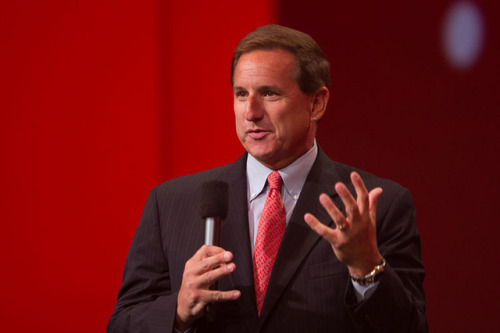 Steve Jobs tried to protect HP's legacy during Mark Hurd sex scandal The two CEOs met privately after Hurd's resignation