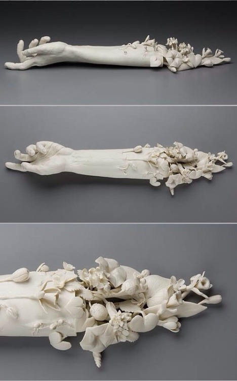 paintdeath:  Sculpture by Kate Macdowell