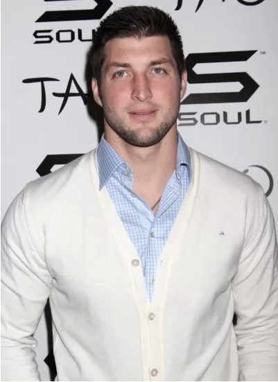 Tim Tebow has another football offer! But, this time it is from the Arena League's Philadelphia Soul. Also, the team owner didn't even offer Tim the starting position. However, the owner did offer Tebow an opportunity to improve his skills.