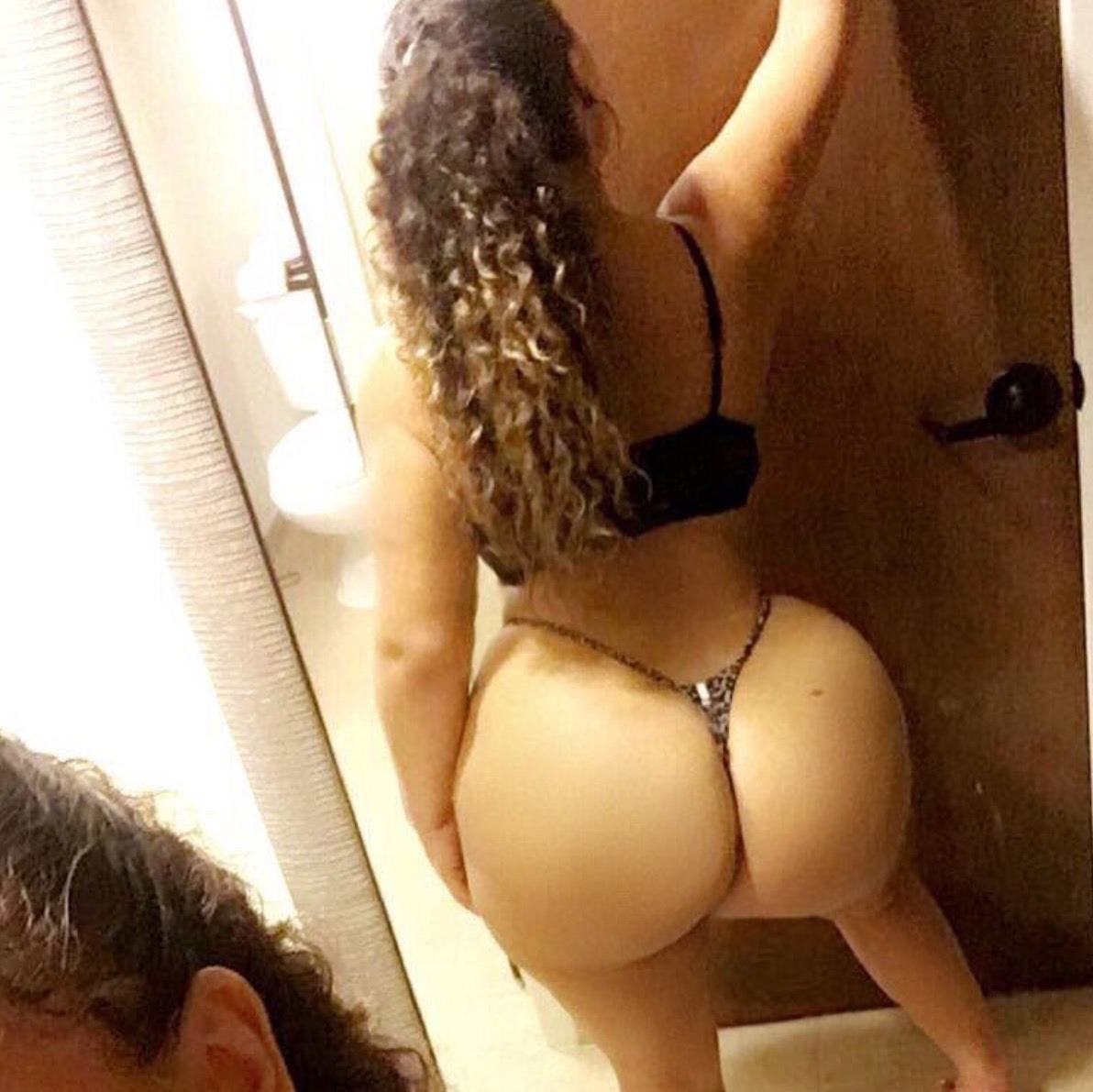 Big booty girls you tube saxy imajs  sexy lesbian bootie shaking