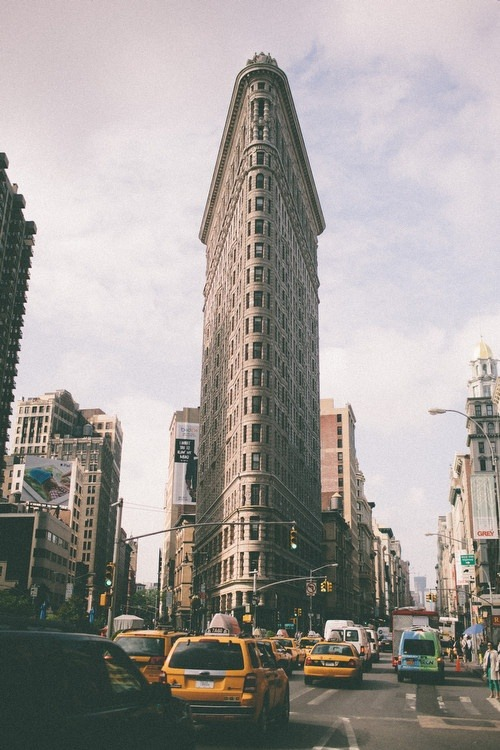 Flatiron building, NYC   Hey everybody look. It's the daily Bugle!