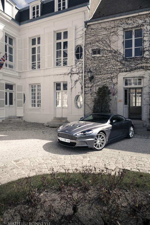 Aston Martin DBS Image by Mathieu Bonnevie