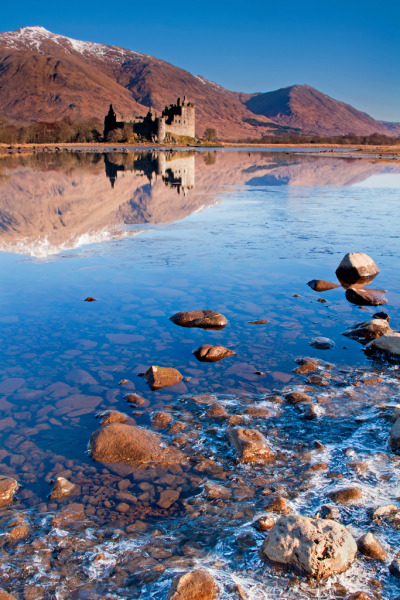 planetearths:  Scotland → Kilchurn Castle, Loch Awe [by ShootingMrSmith]  I've been here - 'awe' is an appropriate name…