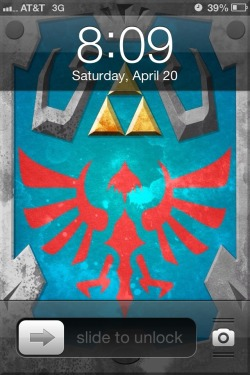 Isn't my new Hylian shield lock screen just the bomb? I'm just so completely giddy~ I keep being a nerd and deflecting my dog's paws with it. O uO  Courtesy of the wonderfully talented Mr. McDaniel situated over at overomega.tumblr.com