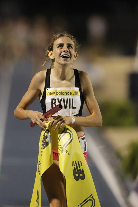 track-and-xc-dreams:  go-the-distance-208:  why can't I be mary cain? soooo perfect. she just set new national high school record in the 1500m. She timed 4:10.77 at the Drake Relays!  so amazing.   I feel like if anyone can break the world record women's mile time (4:12), it will be her someday!