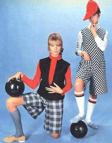 beatledirt:  Pattie Boyd modeling with Samantha Juste I am very sad to hear the news of Samantha's passing. She suffered from a major stroke on Sunday and passed away this evening. Juste was one of my favorite models, and the first wife of Micky Dolenz of The Monkee's. Be sure to send out good vibes to Samantha's family tonight, truly a sad loss.  RIP sweet Samantha Juste…. :(