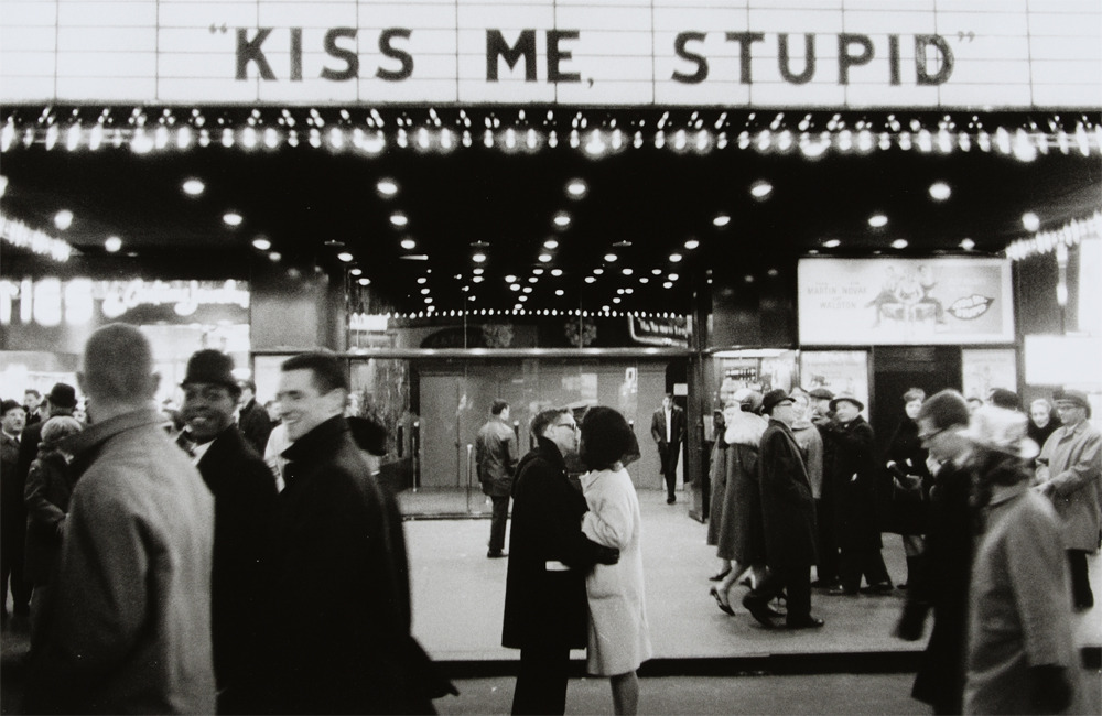 furples:  new year's eve, nyc, 1965 (kiss me, stupid) by joel meyerowitz