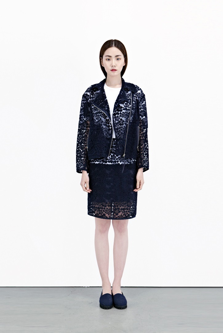 koreanmodel:  Yoo Eunbi for Low Classic S/S 2013 collection by Hwang Hyejung.